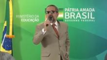 """Bolsonaro estava se """"acertando"""" com o presidente da China. Weintraub põe pedra no caminho"""