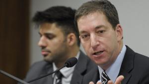 """""""Se diálogos foram alterados, eles poderiam provar"""", afirma Glenn Greenwald"""