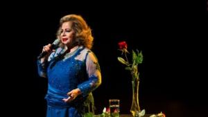 Morre Angela Maria, a cantora que mesmerizou Getúlio Vargas