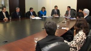 José Eliton apresenta diretrizes do plano de desenvolvimento a Marconi Perillo