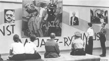 """Prêmio Nacional de Artes, anunciado por Alvim, lembra a exposição de """"Arte Degenerada"""" de Hitler"""