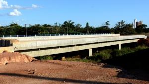 Governo retoma obras na Avenida NS-15