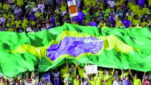 A satisfação brasileira com a Copa ajuda Dilma a reagrupar as bases que se dispersavam