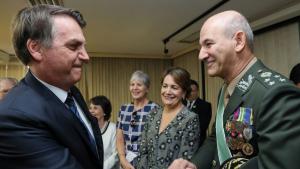 Bolsonaro troca comando das Forças Armadas; novo chefe do Estado-Maior foi ministro de Dilma