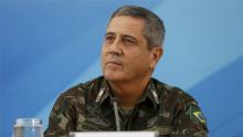Militares não tomaram o poder de Bolsonaro mas seguram Mandetta no Ministério da Saúde