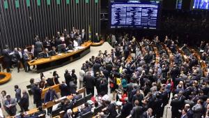 Comissão Especial do Impeachment é criada na Câmara dos Deputados
