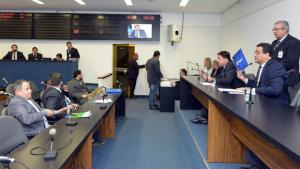 Oposição questiona projeto de venda da Celg D