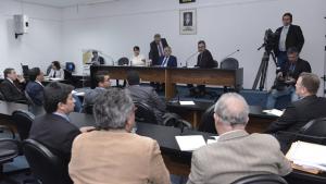 Ex-presidente da Caoa, Carlos Alberto não comparece à CPI dos Incentivos Fiscais