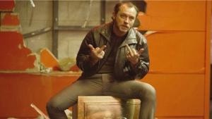 Jude Law fez dieta à base Coca-Cola para filme que entra em cartaz nesta 5ª-feira
