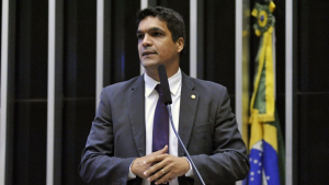 Em Goiás, Cabo Daciolo diz querer destruir todas as estátuas da Havan. Assista vídeo