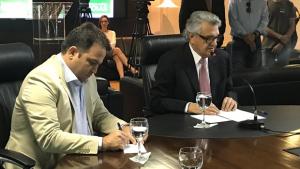 Governador Caiado quer eleger o prefeito da cidade onde nasceu e vai pedir voto pra Roberto Naves