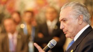 """Temer sobre cobranças de Aécio Neves: """"O que o governo mais faz é 'discutir a relação'"""""""