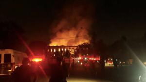 Incêndio atinge prédio do Museu Nacional, no Rio de Janeiro