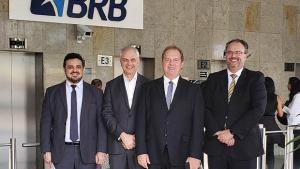 Carlesse articula com BRB linha de crédito de R$ 1 bilhão para o Tocantins
