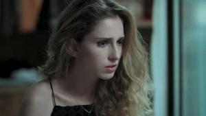 """Carol Duarte corta cabelo para transição de Ivana em """"A Força do Querer"""". Veja como ficou"""