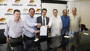 Governo de Goiás assina convênio de R$ 9,6 mi e assume regulação da Santa Casa de Catalão