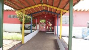 Professores denunciam falta de profissionais e relatam caos em escolas de Goiânia