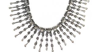 Record lança linha de bijuterias inspirada em Os Dez Mandamentos