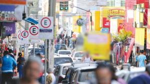Para garantir cumprimento de decreto, órgãos de fiscalização percorrem principais avenidas de Aparecida