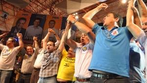 """Críticas da oposição são rebatidas durante convenção. """"Iris é um político superado"""", diz tucano"""