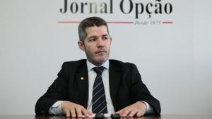 Delegado Waldir entrega cargo de líder do PSL na Câmara. Eduardo Bolsonaro assume