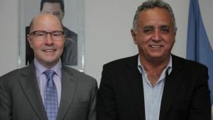 Prefeito de Senador Canedo apoia Demóstenes Torres para senador