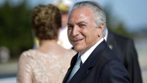 """Polêmica em torno de """"Democracia em Vertigem"""" não anula pontos fortes do documentário"""
