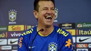Se a rua não apoiar o impeachment de Dunga, o Brasil corre o risco de não participar da próxima copa