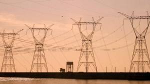 Conta de luz terá taxa extra maior em novembro, diz Aneel