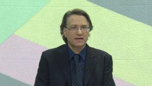 Em vídeo, apresentador da TBC diz estar melhor depois de passar mal durante debate