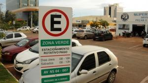 Motorista de Palmas volta a pagar pelo estacionamento rotativo