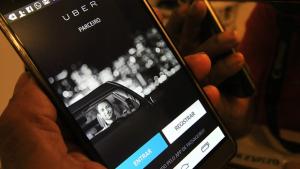 Usuários organizam ato pela permanência do Uber em Goiânia