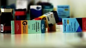 Procon encontra aumento acima do permitido no preço de remédios em Goiânia