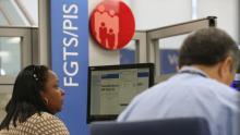 Quase 40% dos trabalhadores ainda não sacaram FGTS