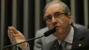 Eduardo Cunha quer ficar cada vez mais distante do PT