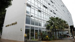 MEC limita participação de pesquisadores das unidades federais em eventos científicos