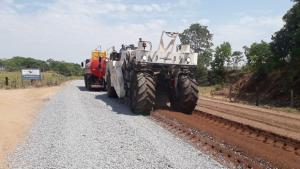 Governo realiza força-tarefa para restaurar e pavimentar rodovias goianas
