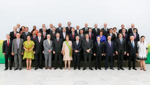 Dilma e 39 ministros participam da primeira reunião de equipe no atual governo