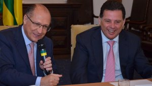 Alckmin defende Marconi para presidência do PSDB nacional