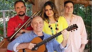 Show revive um século da antiga música goiana