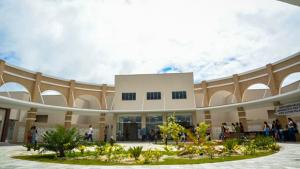 Marconi e Zé Eliton inauguram em Goianésia o segundo Credeq do Estado de Goiás