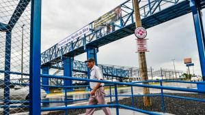 Governo de Goiás entrega duas passarelas entre Goiânia e Aparecida na GO-040