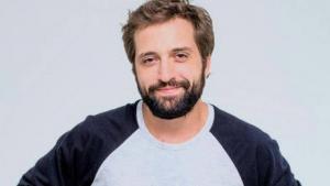 Polícia Federal revela que Gregório Duvivier sugeriu a hacker que investigasse jornalistas da Globo
