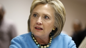 Hillary Clinton afirma que Rússia hackeou e-mails de comitê democrata