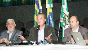 """Paulo Garcia afirma que economia da reforma administrativa """"não necessariamente"""" servirá para pagar data-base"""