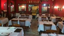 Projeto de Lei quer obrigar bares a ter espaço adaptado para clientes cadeirantes