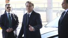 """""""Vantagem da educação no Brasil é que a gente não pode piorar mais"""" diz Bolsonaro"""