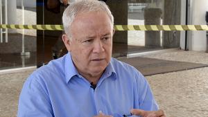 Jalles Fontoura afirma que lançar ações à Saneago ajudaria na arrecadação do Estado