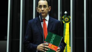O mensaleiro João Paulo Cunha diz que é advogado de Afrêni Gonçalves