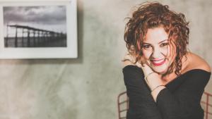 Estúdio apresenta trabalho inédito de fotógrafa goiana no Café Cariño